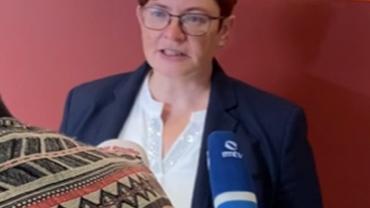 Christine Behle bei Auftakt Presseskonferenz Tarifrunde Hessen.